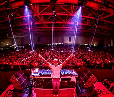 Armin Only Embrace World Tour – Armin van Buuren Live in Manila on ...