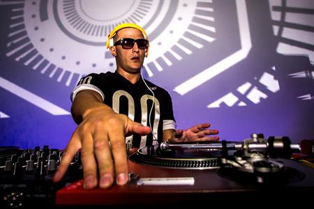 DJ Snake LIV in Miami Beach, FL - Apr 4, 2014 11:00 PM   Eventful